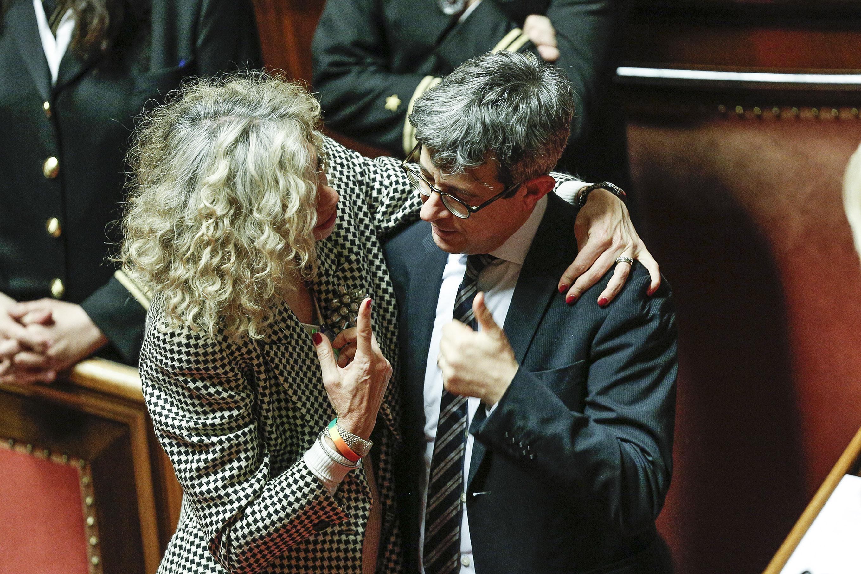 Monica Cirinna' e Sergio Lo Giudice nell'aula del Senato dopo la votazione di fiducia sul ddl in materia di unioni civili. Roma, 25 febbraio 2016, ANSA/GIUSEPPE LAMI